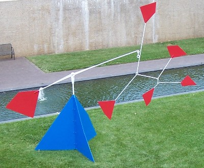 Calder 1956 Six Dots Over a Mountain 2.jpg